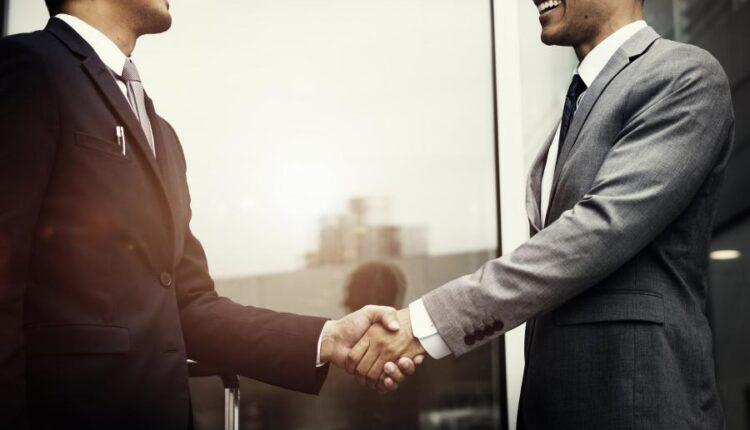 استوک دست دادن در فضای تجاری